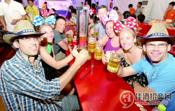 青岛啤酒节闭幕 盘点啤酒城各大亮点